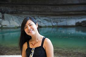 Ms. Đinh  Vân Trang