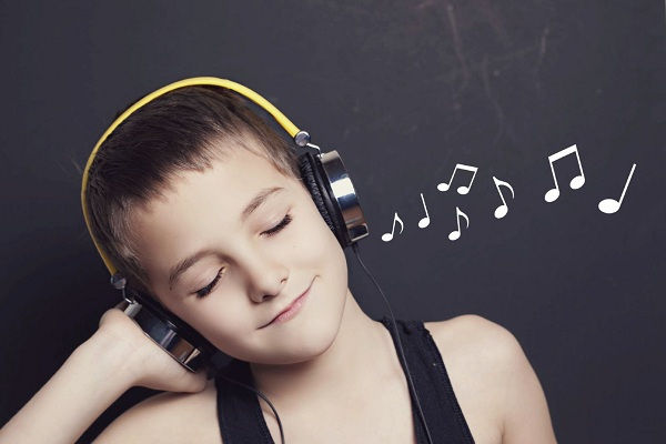1. Cách học tiếng anh tốt bằng cách nghe nhạc tiếng anh có chọn lọc