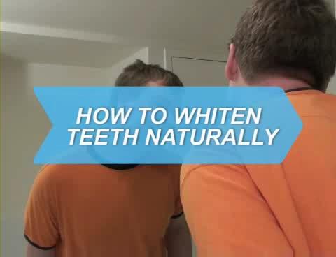How To Whiten Teeth Naturally